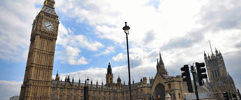 Pałac Westminster w Londynie w opłakanym stanie. Może skończyć jak katedra Notre-Dame