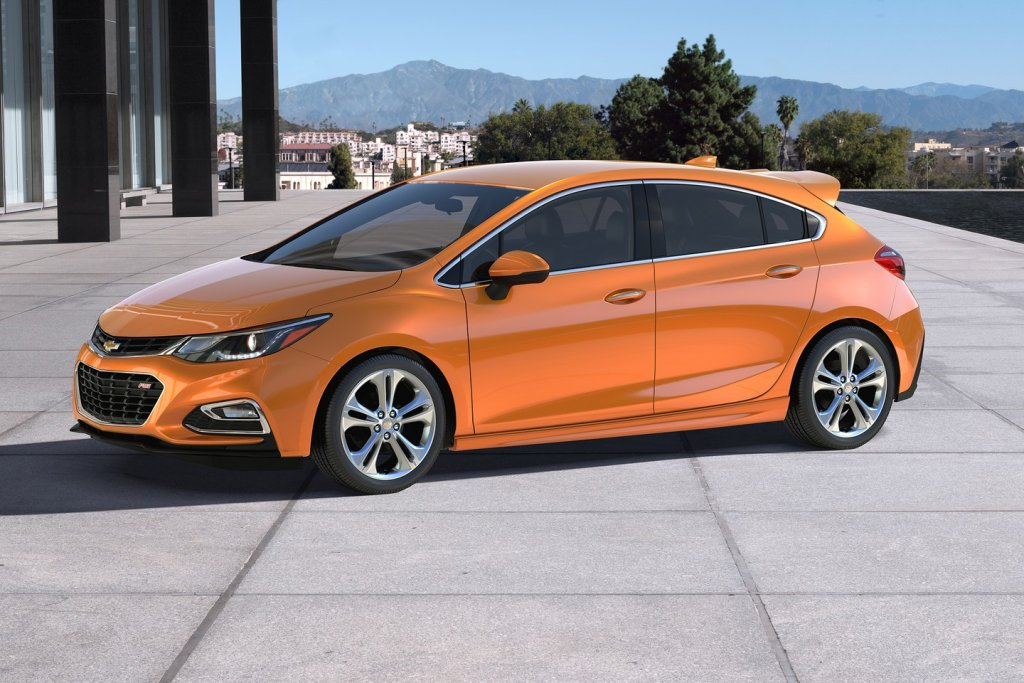 Chevrolet Cruze Hatchback (2017)