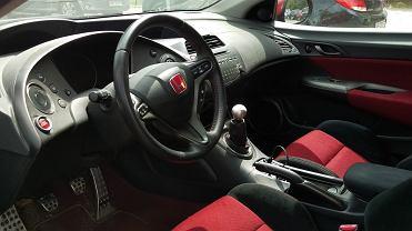 Dezynfekcja wnętrza auta