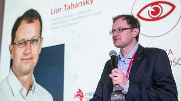 Lior Tabansky o cyberbezpieczeństwie państw: - To rządy, a nie obywatele, odpowiadają za walkę z cyberprzestępczością, tak jak za walkę z kieszonkowcami. Na zdjęciu w czasie Polskiego Forum Cyberbezpieczeństwa 2017.