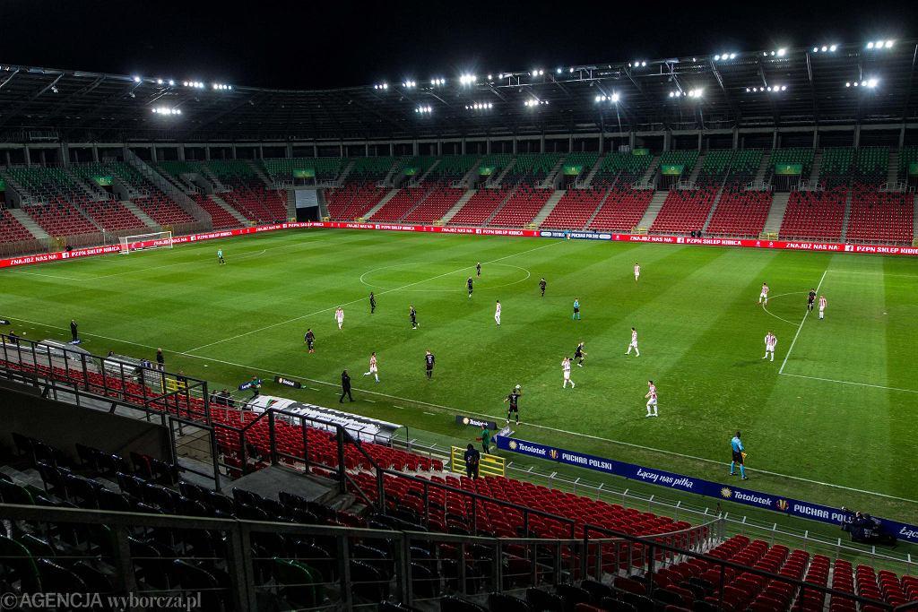 Pusty stadion GKS-u Tychy podczas meczu PP z Cracovią. 10 marca odbył się ostatni mecz GKS-u