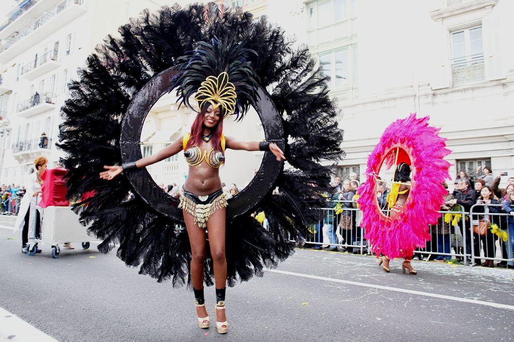 Karnawał jest największą zimową imprezą na Lazurowym Wybrzeżu. Pomimo że organizuje się go przede wszystkim dla mieszkańców, to każdego roku przyciąga setki tysięcy turystów.