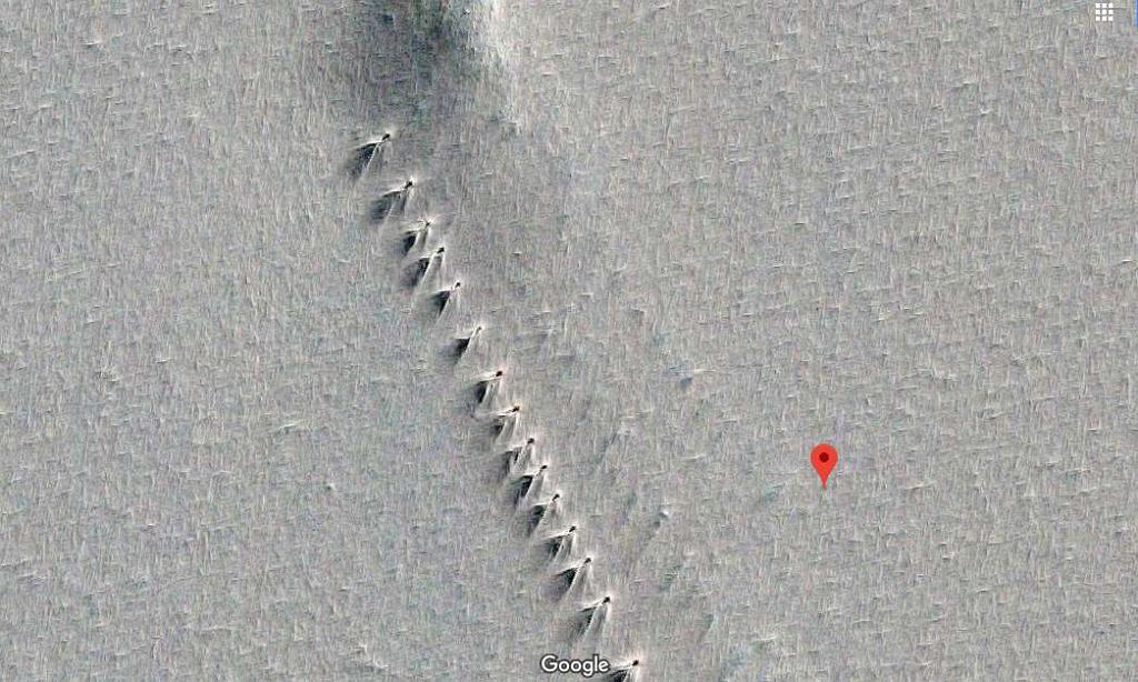 Tajna baza na Antarktydzie?