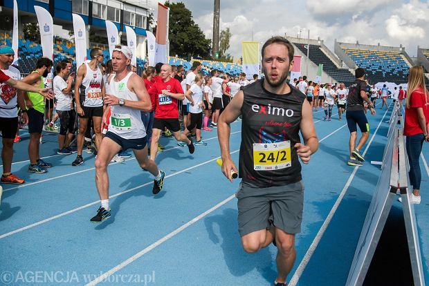 Zdjęcie numer 35 w galerii - PKO Bieg Charytatywny. Na Zawiszy pomagali biegając [ZDJĘCIA]
