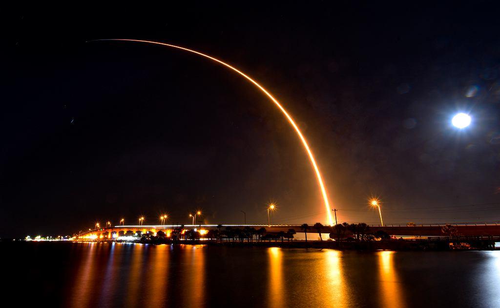 Start kolejnej paczki satelitów Starlink 28 kwietnia 2021