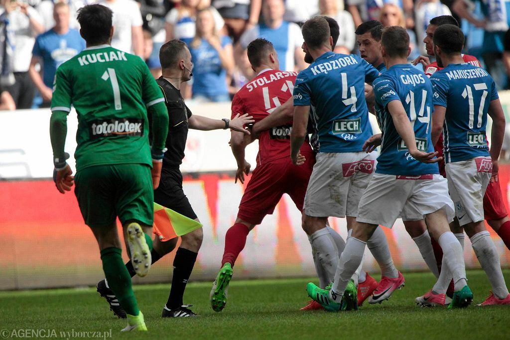 Lech Poznań - Lechia Gdańsk 0:0. Bójka w polu karnym Lechii