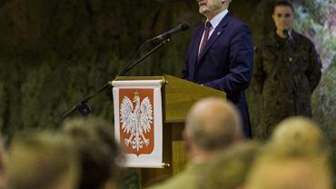 Min. Antoni Macierewicz w 3. Podkarpackiej Brygadzie Obrony Terytorialnej w Rzeszowie