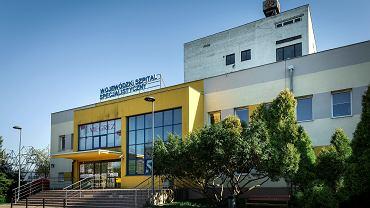 Tychy, Wojewódzki Szpital Specjalistyczny Megrez przekształcony w szpital jednoimienny do walki z koronawirusem.