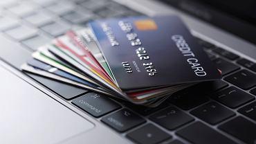 Internetowi złodzieje mają nowy sposób. KNF ostrzega: uwaga na oszustwa