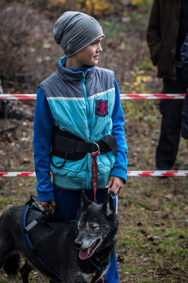 Bartek Karasiński tuż przed startem w canicrossie