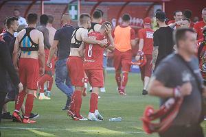 Kibole Widzewa pobili piłkarza swojego klubu. Ten ma dość. Szybka reakcja