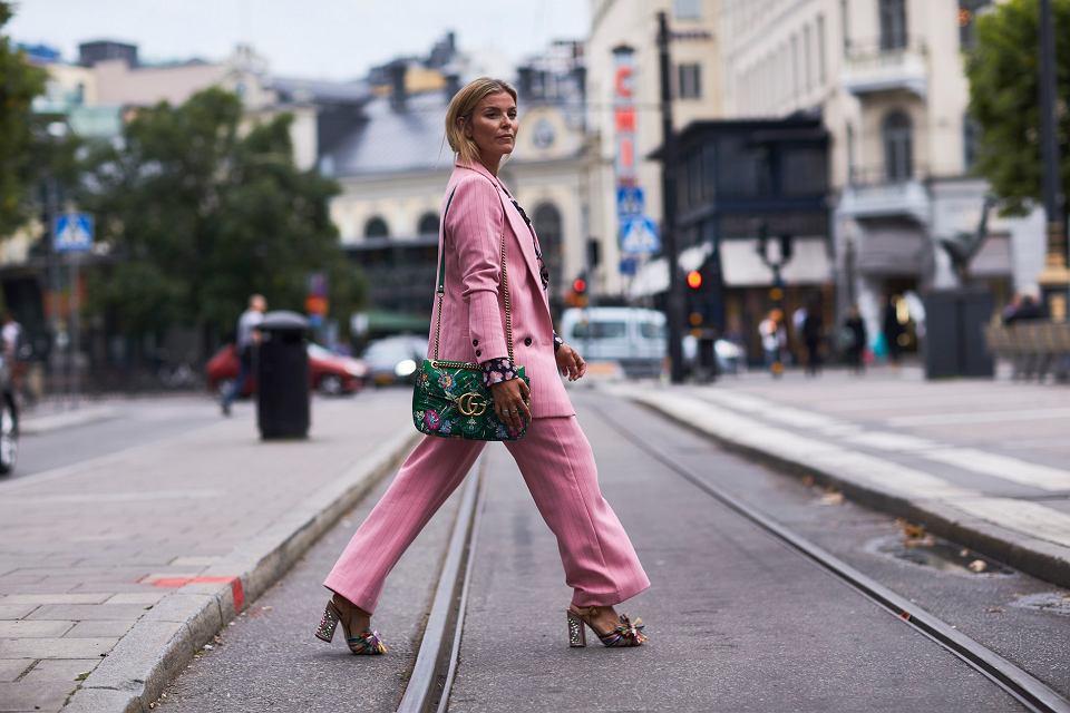 Pastelowe garnitury - kobiecy power look