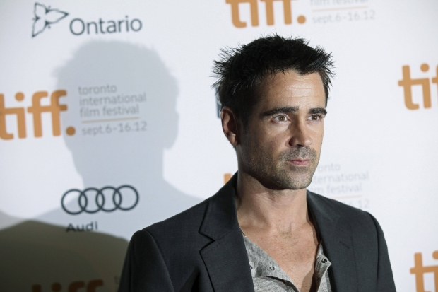 """Actor Colin Farrell poses at the gala presentation for the film """"Seven Psychopaths"""" at the 37th Toronto International   Film Festival September 7, 2012.   REUTERS/Brett Gundlock (CANADA - Tags: ENTERTAINMENT)"""