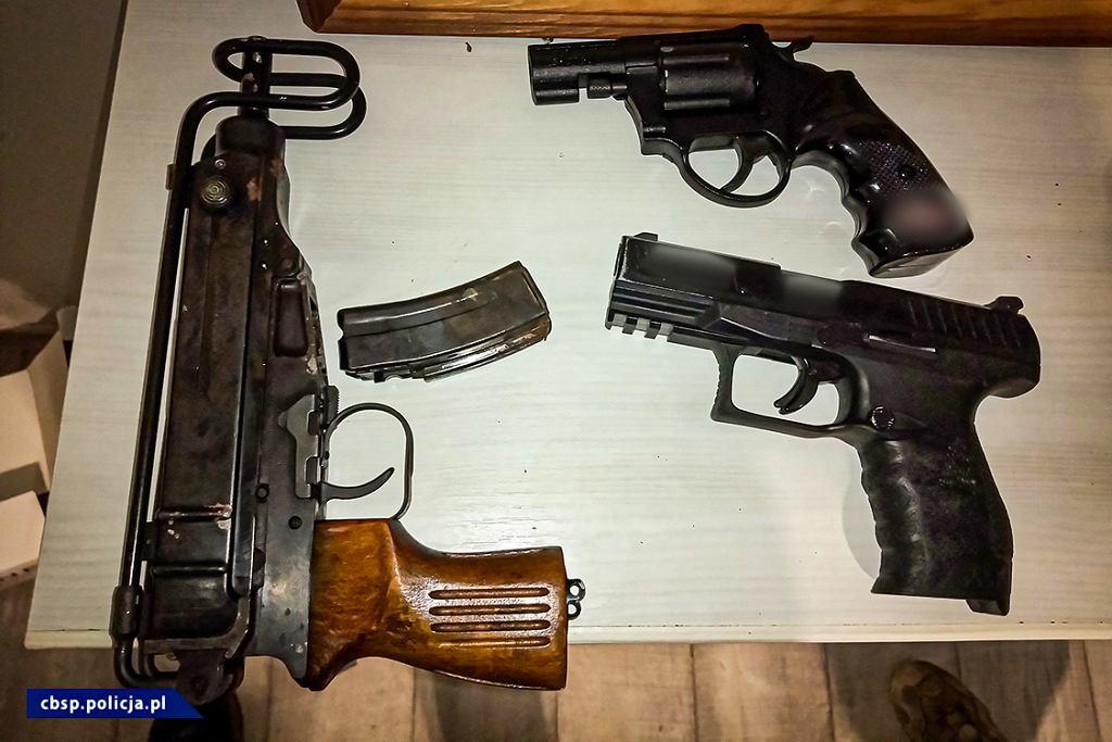 CBŚP zlikwidowało gang prowadzący agencje towarzyskie