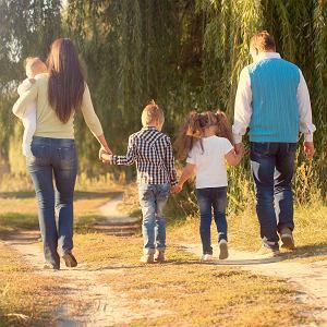 Adopcja. Nasze dzieci od początku wiedziały, że urodziła je inna mama, a u nas są dlatego, że mieliśmy szczęście je zaadoptować.