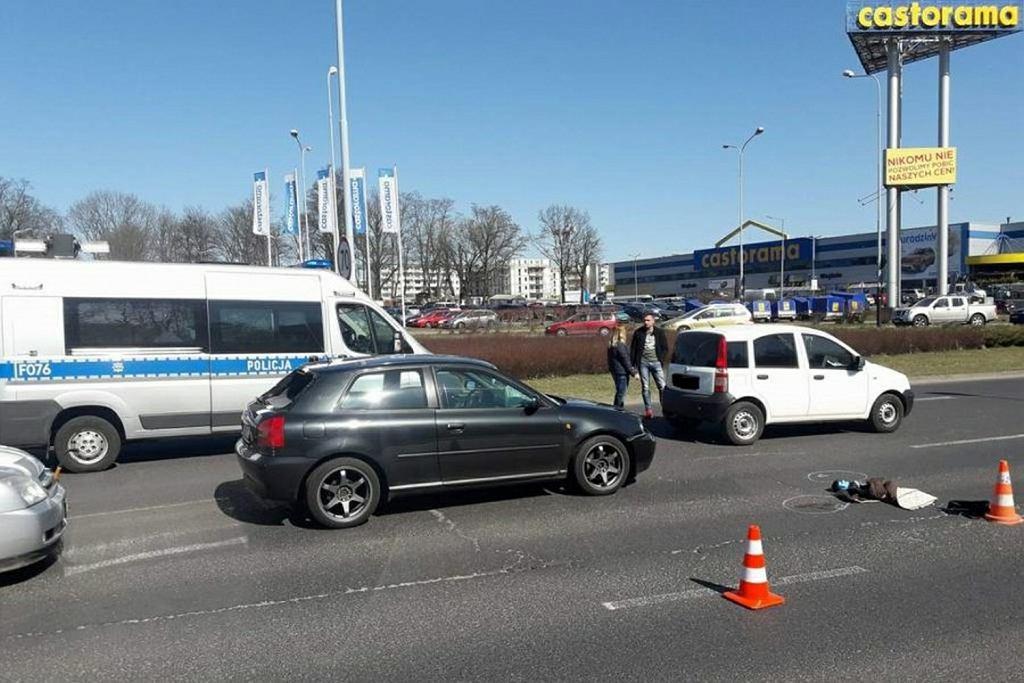 Wypadek w Łodzi. Było o włos od podwójnej tragedii