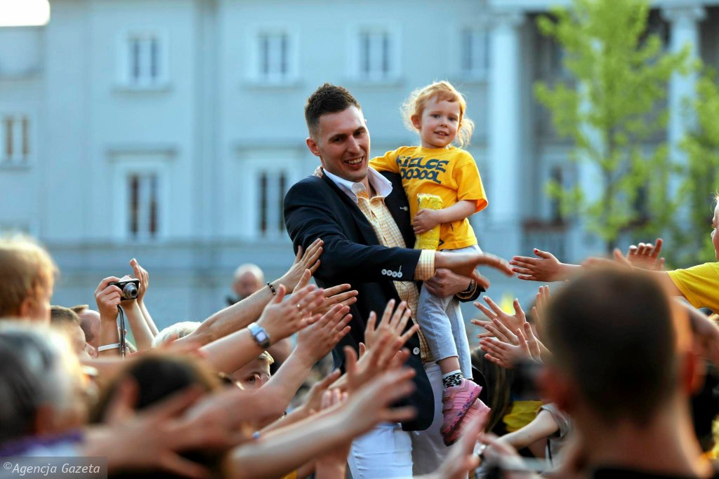 Feta na Rynku z okazji zdobycia przez Vive Tauron Kielce mistrzostwa i Pucharu Polski oraz brązowego medalu Ligi Mistrzów