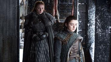Arya Stark (Maisie Williams) i Sansa Stark (Sophie Turner)