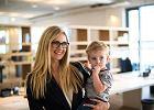 Mama pracująca: jakie ma prawa? Na jakie świadczenia i urlopy może liczyć?