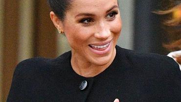Meghan Markle w czarnej stylizacji