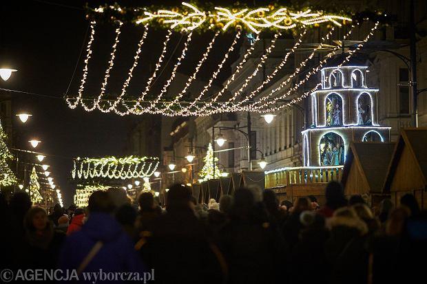 01.12.2019 Lodz . Miejska choinka oraz jarmark bozonarodzeniowy . Fot. Marcin Stepien / Agencja Gazeta