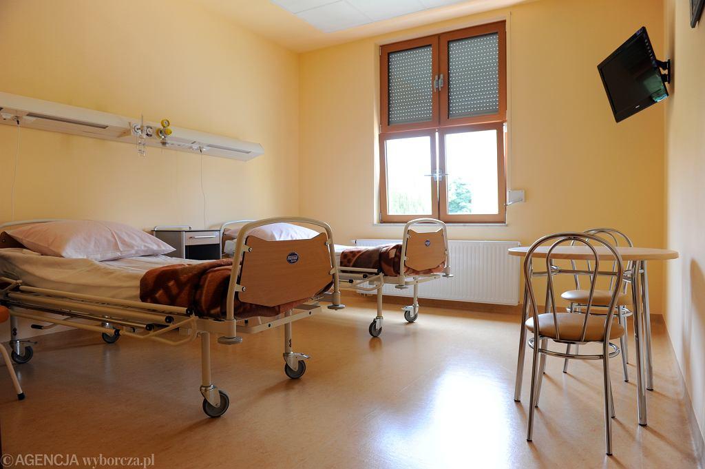 Podkarpacie. Mężczyzna szukał pomocy w trzech szpitalach. Zmarł na urosepsę (zdjęcie ilustracyjne)