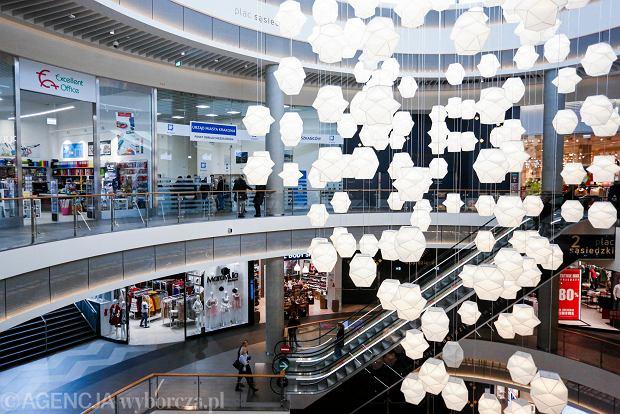 """Dyrektor centrum handlowego: - Najemcy czekają na """"nową normalność"""". Sprzedaż online nie wygra z tradycyjną"""