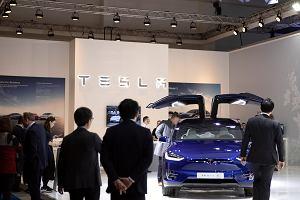 Tesla droższa od GM i Forda. Spekulacyjny wzlot kursu akcji firmy Elona Muska