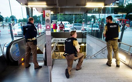 Strzelanina w Monachium (Lukas Schulze / AP / AP)