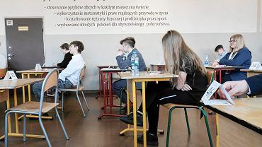 Egzamin ósmoklasisty w cieniu strajku nauczycieli. Szkoła Podstawowa nr 29 w Zespole Szkół Sportowych nr 1 w Poznaniu