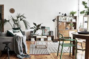 Jak urządzić salon w bloku? Pomysły na aranżację małego salonu