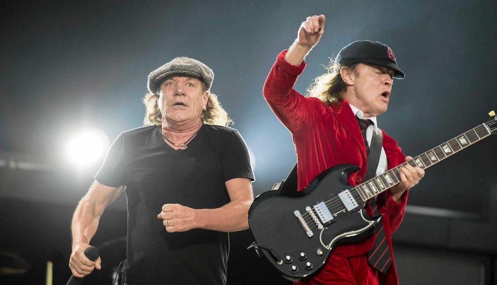 Brian Johnson i Angus Young na koncercie AC/DC. Czerwiec 2015, Zurych
