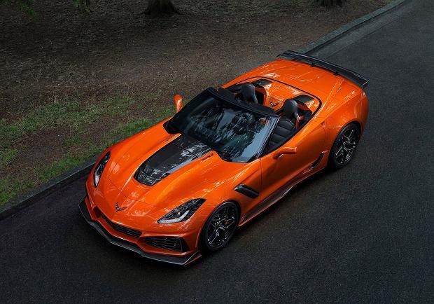 Corvette ZR1 zrzuca dach i jest piekielnie szybkie