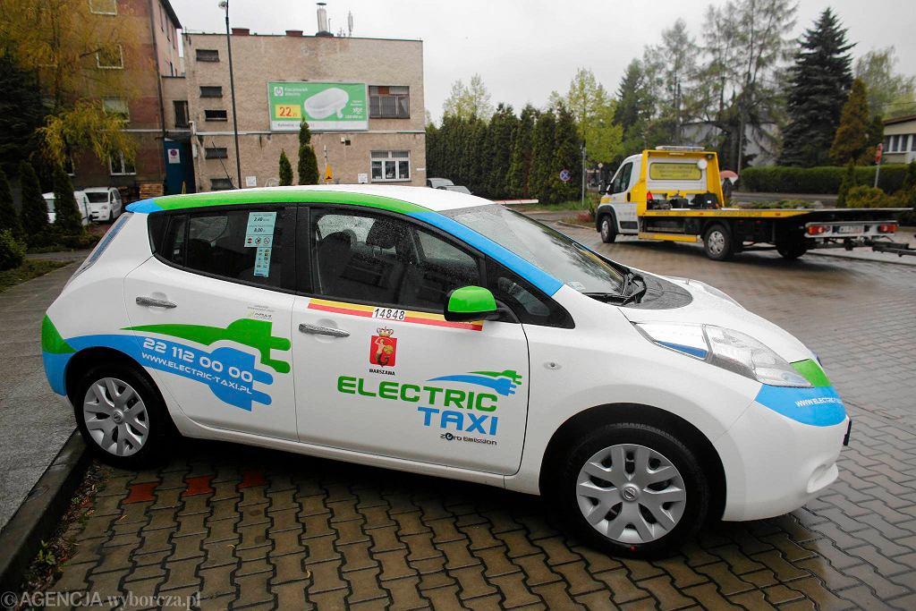 Wystawa pojazdów elektrycznych towarzyszy konferencji o elektromobilności, którą zorganizowała Wyższa Szkoła Techniczna
