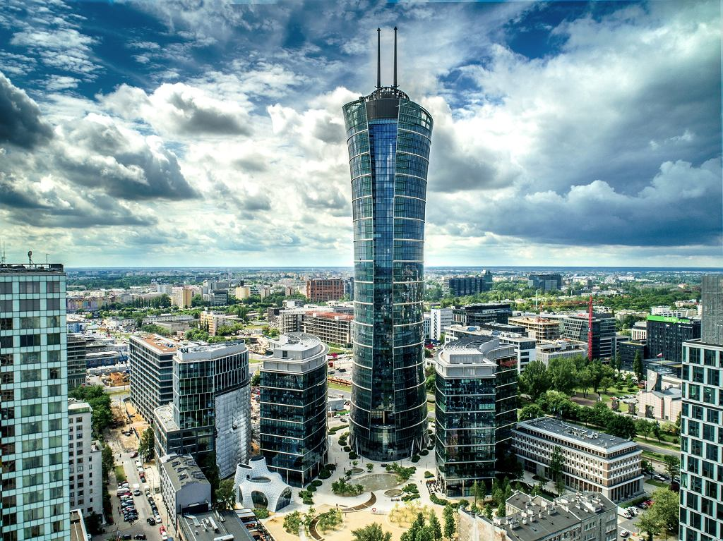 Wieżowiec Warsaw Spire. Inwestor, firma Ghelamco, sprzedał go za ponad 1,6 mld zł firmie Immofinanz