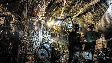 Górnicy w najgłębszym szybie kopalnie węgla Budryk. 1290 m pod Ornotowicami, 16 maja 2017