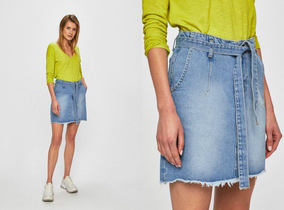 Spódnica jeansowa w wersji mini