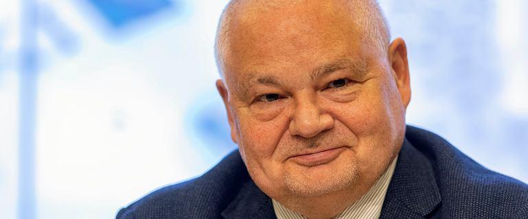 NBP wyda na wynajem aut 5,4 mln zł. O pół miliona więcej niż planowano