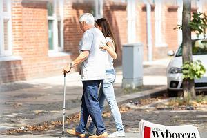 """Poradniki dla opiekunów osób starszych we wtorek i w środę w """"Gazecie Wyborczej"""""""