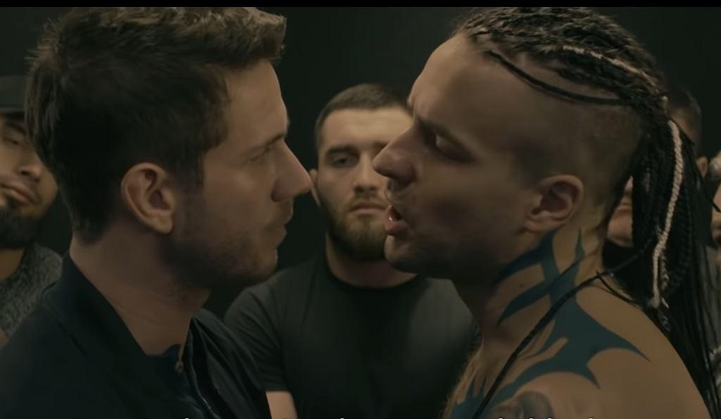 'Pętla' - nowy film Patryka Vegi opowiada o tzw. aferze podkarpackiej i m.in. o wątku śmierci Dawida Kosteckiego, w którego rolę wciela się Piotr Stramowski (z prawej)