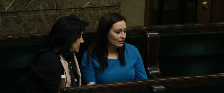 """Posłanka nie zagłosowała po linii PiS. """"Zostanie ukarana moja rodzina"""""""