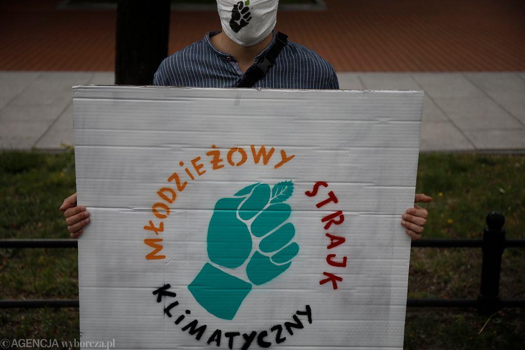 Protest klimatyczny przed Kancelarią Premiera w Warszawie