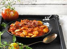 Fasola w sosie pomidorowym - ugotuj
