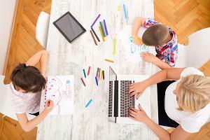 """Z dzieckiem w pracy? W firmach są różne rozwiązania. """"Mamy specjalne biuro dla rodzica, który musi przyjść z dzieckiem"""""""