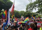 W Płocku trwa pierwszy Marsz Równości. Uczestniczy w nim około 2 tys. osób [NA ŻYWO]