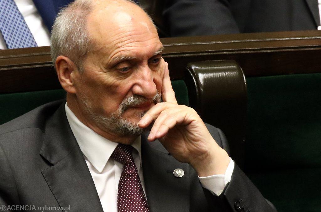 Były szef MON, obecnie poseł i szef podkomisji smoleńskiej Antoni Macierewicz