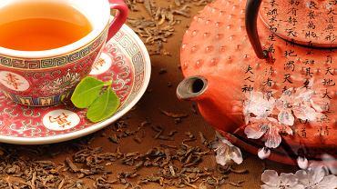 Kuchnia chińska - filiżanka chińskiej herbaty / Shutterstock