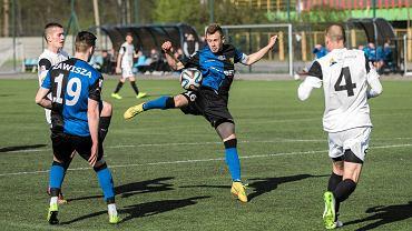 Centralna Liga Juniorów. Zawisza - Zagłębie 2:1. Michał Cywiński (w środku)