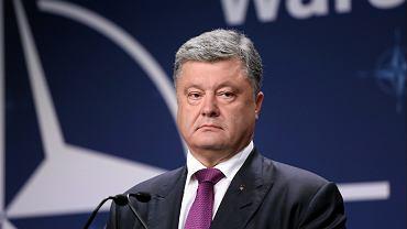 Petro Poroszenko podpisał dekret wprowadzający stan wojenny na Ukrainie