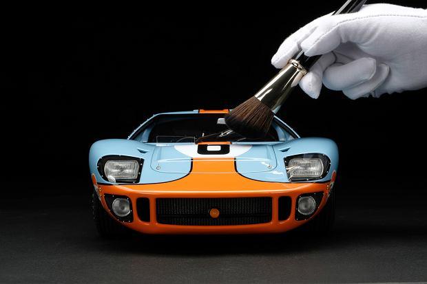 Niesamowity model Forda GT40 w skali 1:8. Dla fanów to nie lada gratka